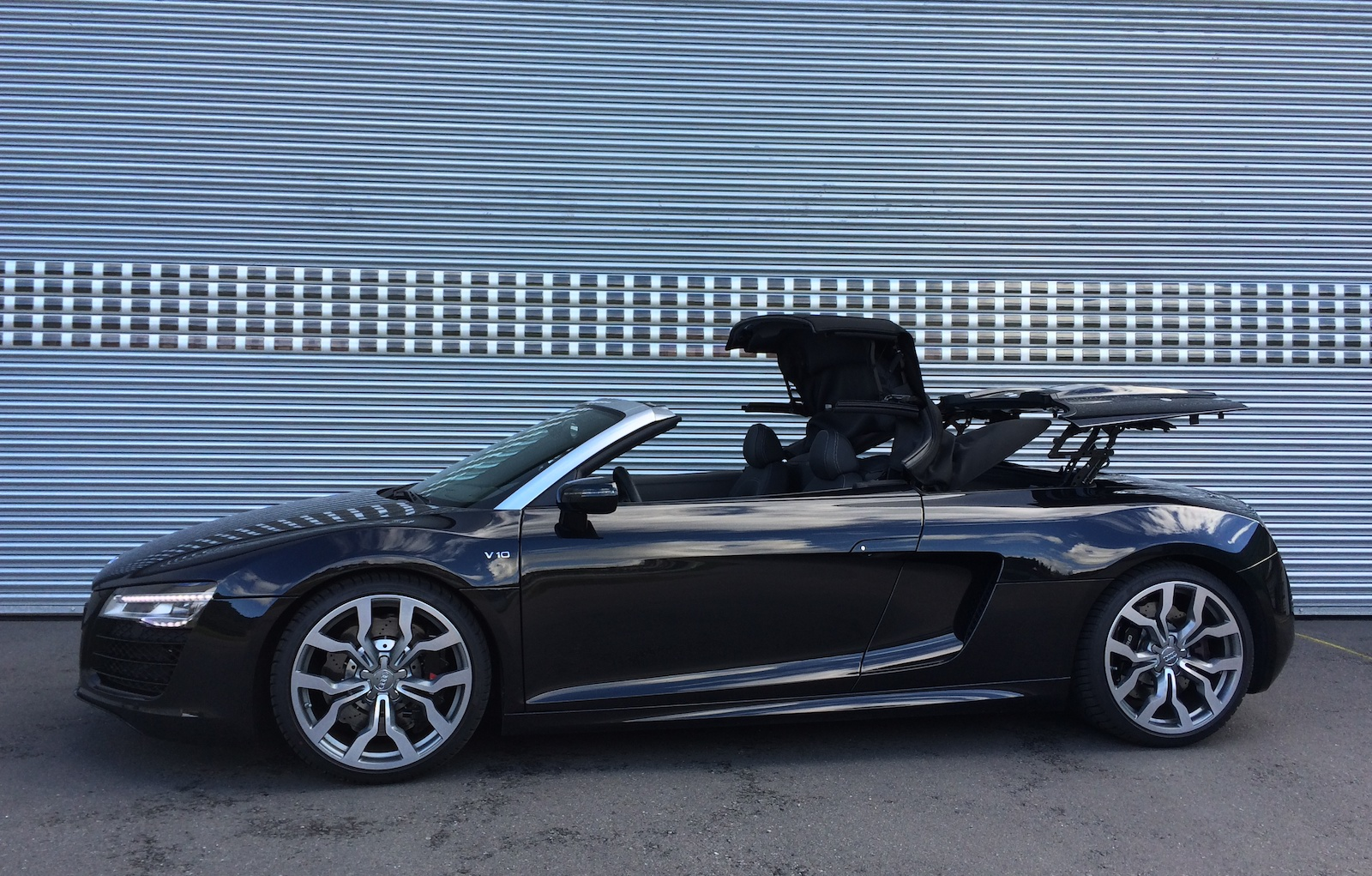 smarttop for audi r8 spyder mods4cars blogmods4cars blog. Black Bedroom Furniture Sets. Home Design Ideas
