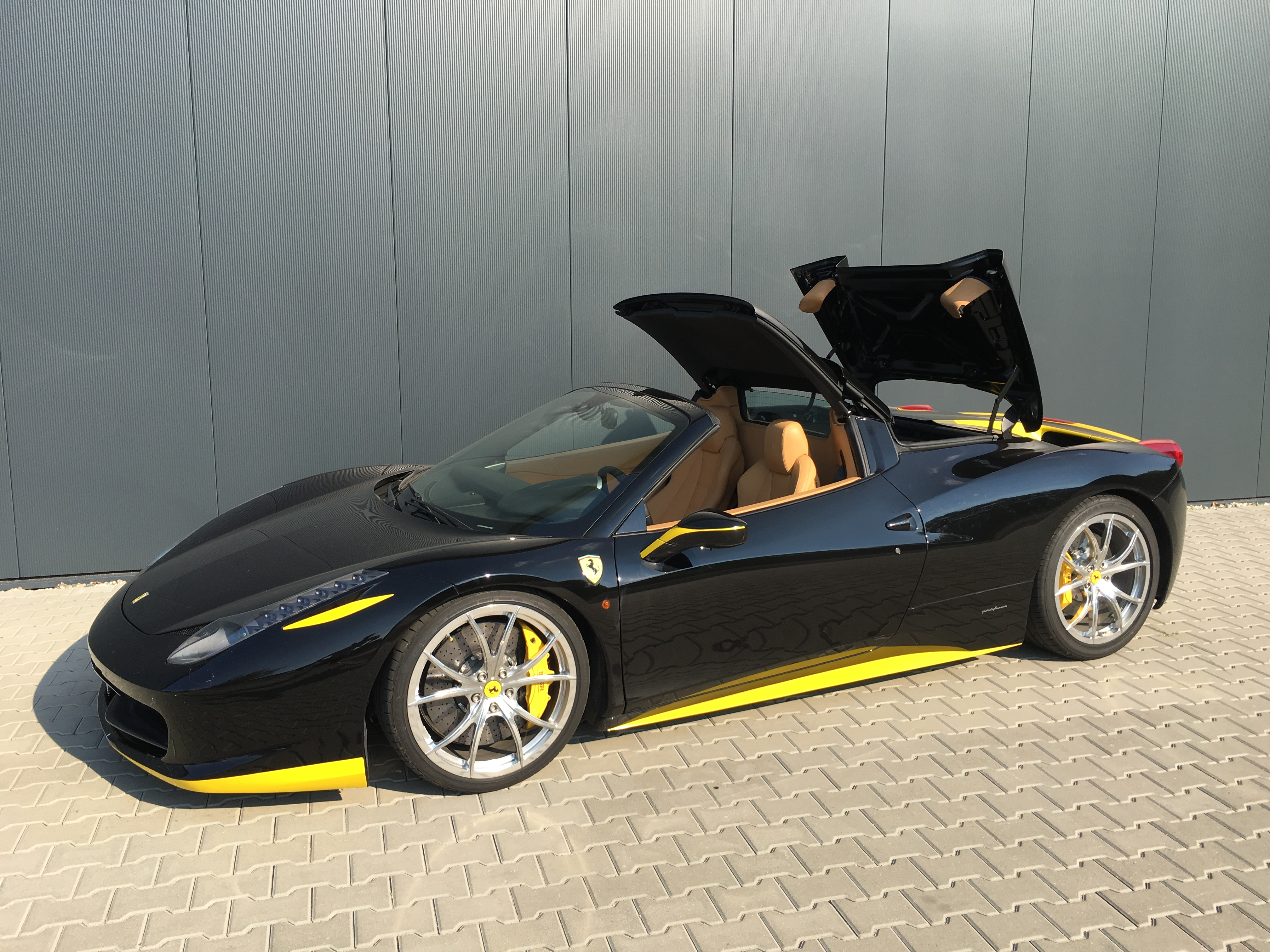 Smarttop Add On Soft Top Control For Ferrari 458 Spider Is Now Availablemods4cars Blog